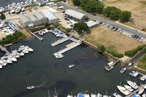 Freedom Boat Club Rhode Island Reviews by Uri Sailing Club In Wakefield Ri United States Marina