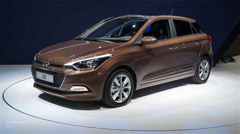 Hyundai I20 Backgrounds by 2015 Hyundai I20 Coupe Desktop Backgrounds