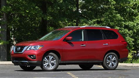 2017 Pathfinder Review by 2017 Nissan Pathfinder Review Motor1 Photos