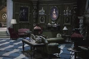 Steps To Create Gothic Room Dcor Gestablishment Home Ideas