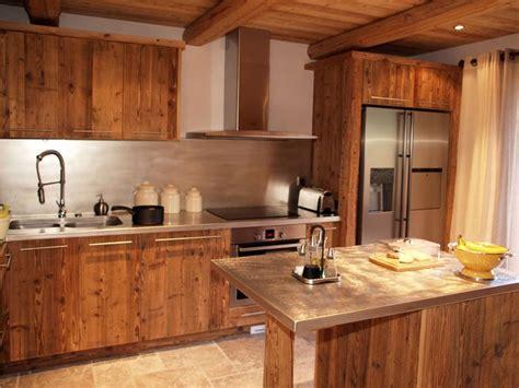 cuisine bois inox design cuisine chalet vieux bois chalet