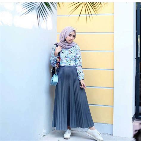 Wanita Dewasa Berhijab 17 Koleksi Fashion Baju Hijab Remaja 2018 Gaya Masa Kini