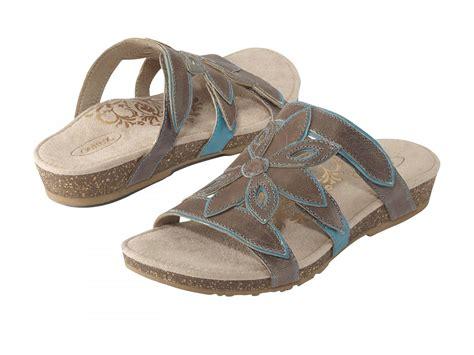 Stone, Womens Comfort Sandals