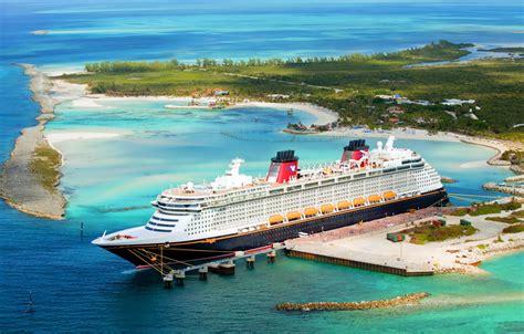 Car Wallpaper Slideshow Iphone 4s by Wallpaper Sea Pier Island Liner The Ship Disney