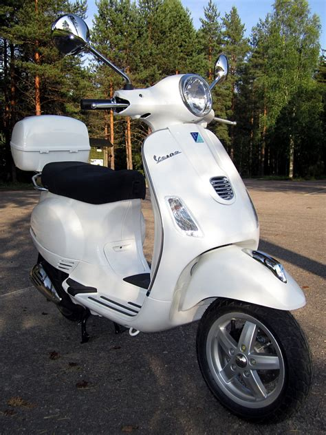 vespa px 150 vespa px 150 pics specs and list of seriess by year