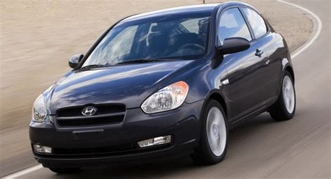 Hyundai Accent Fuel Economy by 2010 Hyundai Accent Gets Better Fuel Economy And New Blue