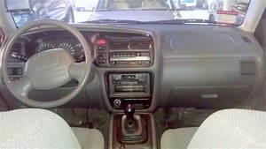 2000 Suzuki Grand Vitara - Interior Pictures