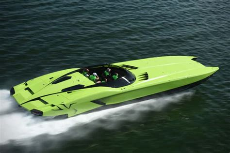 Lamborghini And Boat by You Can Own This Lamborghini Speedboat And The Aventador