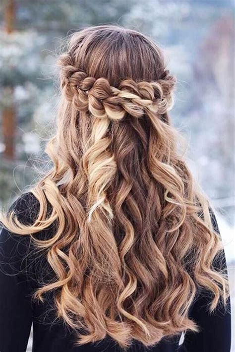 Graduation Hairstyles For by Amazing Graduation Hairstyles For Your Special Day See