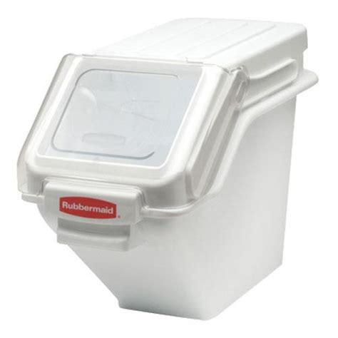 rubbermaid kitchen storage rubbermaid 9g57 prosave 100 cup ingredient bin etundra 2035