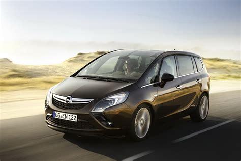 Opel Zafria by All New 2012 Opel Zafira 7 Seater Minivan Breaks Cover