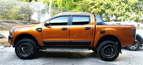 body cladding matte black side door ford ranger  door