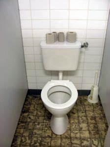 Hausmittel Verstopfte Toilette : toilette verstopft was tun hausmittel helfen hausmittelhexe ~ Watch28wear.com Haus und Dekorationen