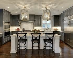 kitchen ideas houzz best traditional kitchen design ideas remodel pictures houzz