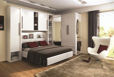 place du lit dans une chambre optimiser une chambre nos astuces gain de place