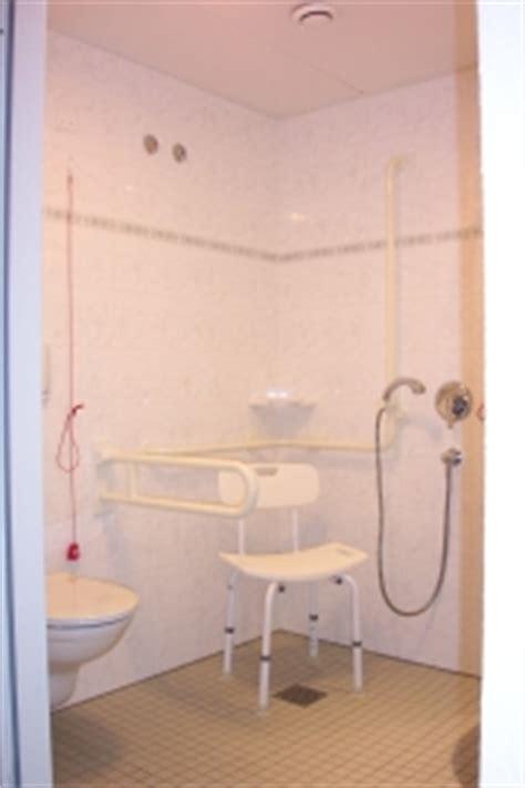 behindertengerechte dusche maße bkk pflegefinder senioren und pflegeheim haus kolin in 07973 greiz