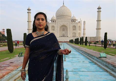 photo woman taj mahal religion agra  image