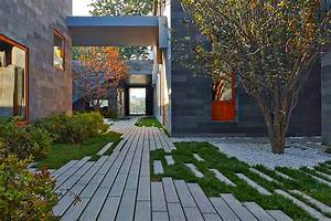 Abandoned, Alleyway, In, Beijing, Reinvented, As, A, Stunning, Private, Courtyard