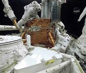 Astronauts finish repairs on Hubble space telescope