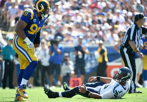seahawks travel  la rams battle   trenches