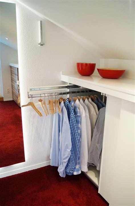 Kleiderstange Dachschräge Befestigen by Begehbarer Kleiderschrank Begehbarer Kleiderschrank