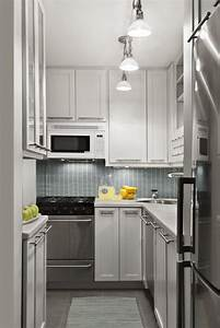 25 small kitchen design ideas page 2 of 5 for Small kitchen design layout ideas