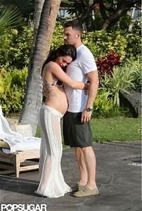 Megan Fox Displays Bare Baby Bump in Hawaii.