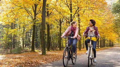 de mooiste fietsroutes voor de herfst anwb