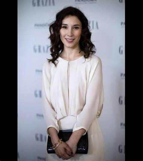 game of thrones actress who plays shae game of thrones actress sibel kekilli shae attends the