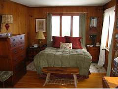 Pin Decorating A Master Bedroom For You On Pinterest Small Master Bedroom Ideas Decorating Bedroom Design Ideas Decorating Tips For A Small Master Bedroom Ehow Ask Home Design Small Master Bedroom Ideas With Smart Layouts And Decorations