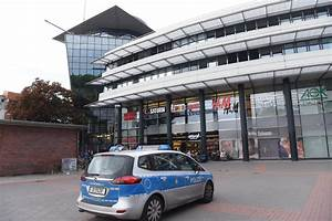 Gesundbrunnen Center Berlin Berlin : berlin mitte messer attacke am gesundbrunnen center spreepicture ~ Orissabook.com Haus und Dekorationen