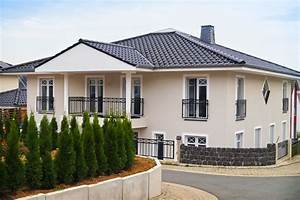 Graue Fassade Weiße Fenster : sprossenfenster anthrazit grau alles ber wohndesign und m belideen ~ Markanthonyermac.com Haus und Dekorationen