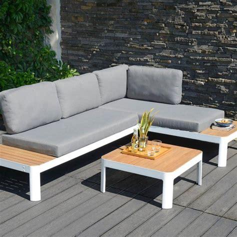 canapé d angle bois et chiffon 25 best ideas about salon de jardin aluminium on