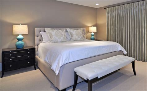 10 paint color options suitable for the master bedroom