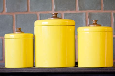 yellow canister sets kitchen yellow kitchen canisters kitchen ideas