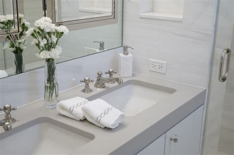 bathroom staging ideas home staging ideas for the bathroom realtor com