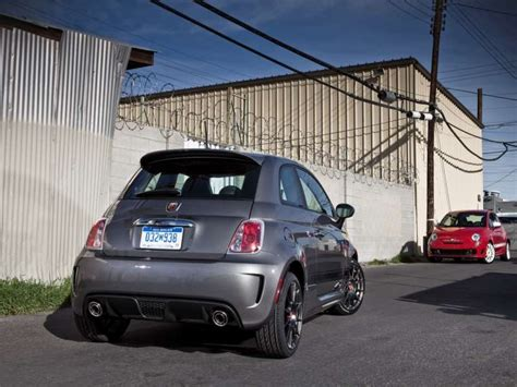 2014 Fiat 500 Abarth Review by 2014 Fiat 500 Abarth Road Test Review Autobytel