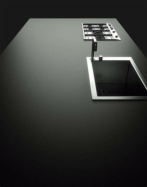 plan de travail cuisine noir photo cuisine avec plan de travail moderne en 65 idées