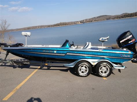 Bass Cat Boats Owners Forum by Sold Ar 2010 Basscat Puma Ftd W Merc 250 Pro Xs