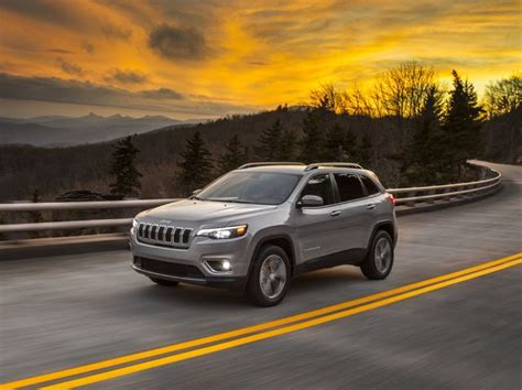 jeep cherokee review pricing  specs