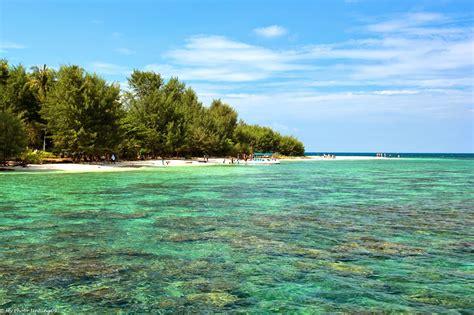 informasi wisata  pulau karimunjawa  indah