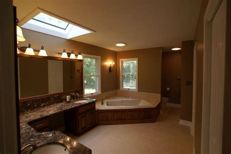 His and Hers Bathroom   Traditional   Bathroom   St Louis