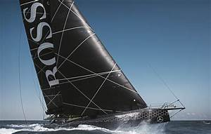 HUGO BOSS Racing Yacht All In Black Due To Functional