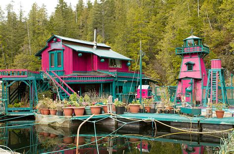 artists build floating freedom cove  vancouver island