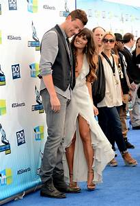 Lea Michele and Cory Monteith flirted on the blue carpet ...