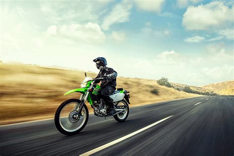 Kawasaki 250 2019 Image by 2019 Kawasaki Klx 250 Motorcycle Uae S Prices Specs