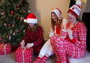 Pyjama Party Outfit : what to wear to a christmas pajama party rachel 39 s lookbook ~ Eleganceandgraceweddings.com Haus und Dekorationen