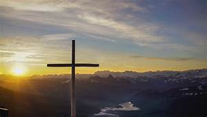 Cross, With, A, Background, Of, Sunset, Under, Sky, 4k, Hd, Cross, Wallpapers
