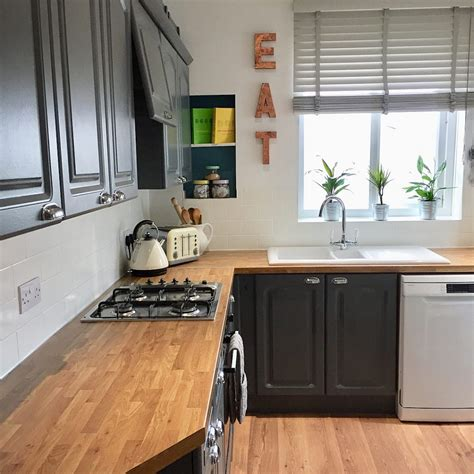 valspar kitchen cabinet paint valspar gray shingle painted kitchen cabinets interiors