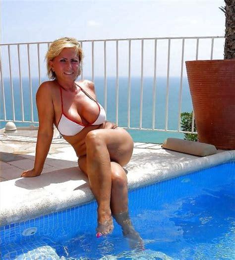Blonde Milf Pool Threesome